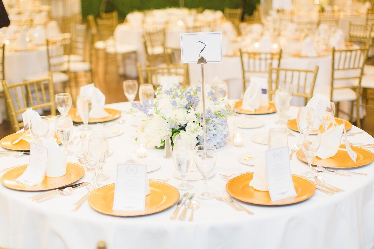Megan-and-Brian-Lakeside-Country-Club-Houston-Wedding-Planner-Love-Detailed-Events-The-Cotton-Collective 14