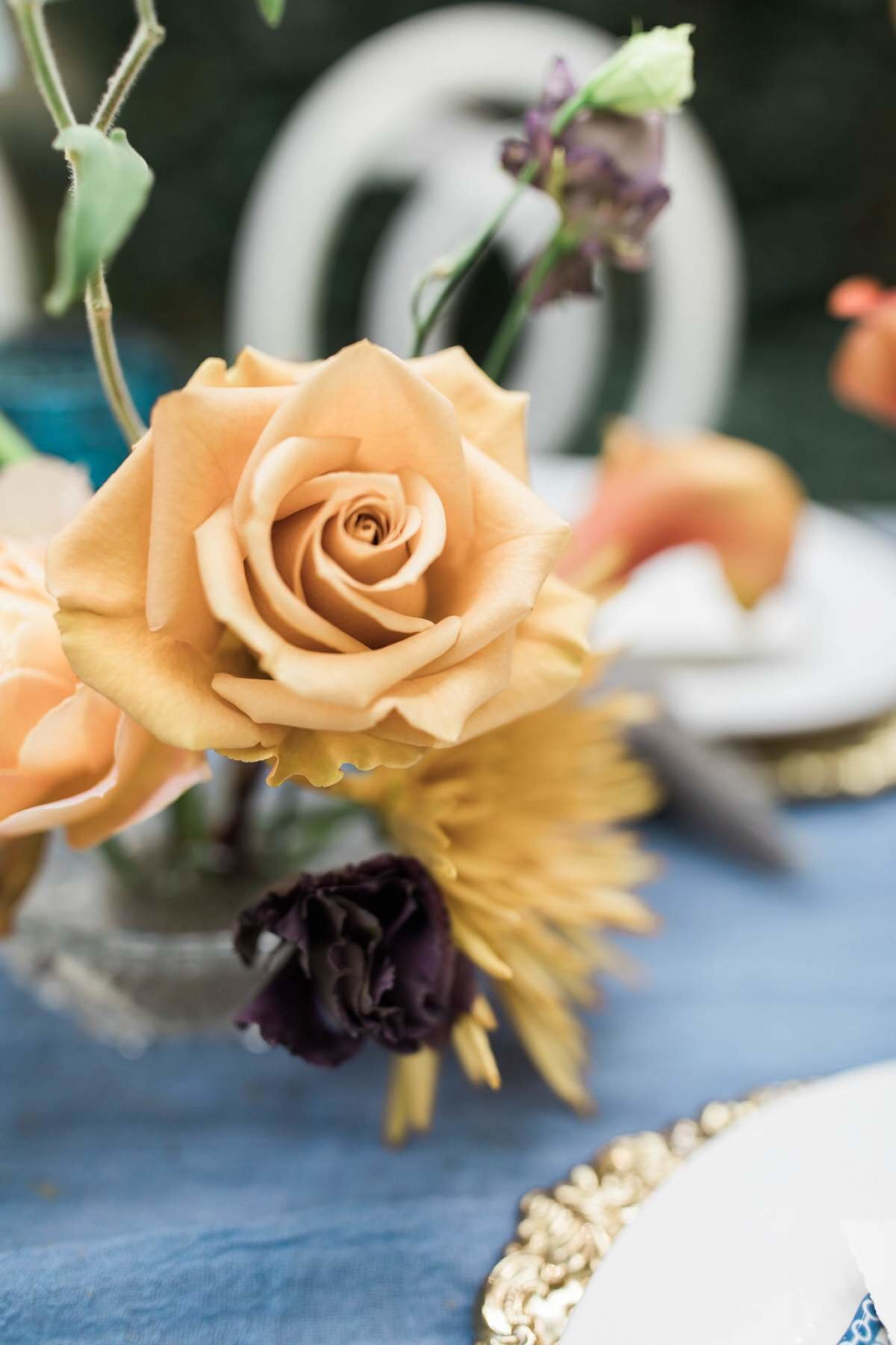 mustard-rose-grand-rapids-wedding-florist