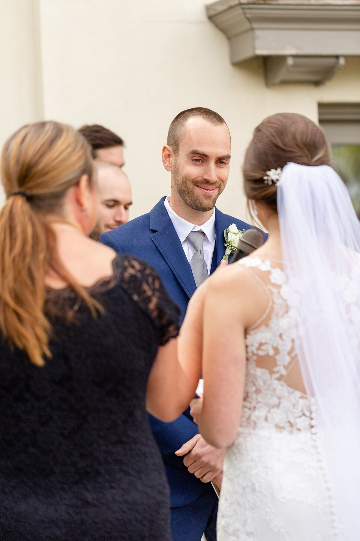 Romantic Windermere Manor Wedding | Dylan and Sandra Photography 050