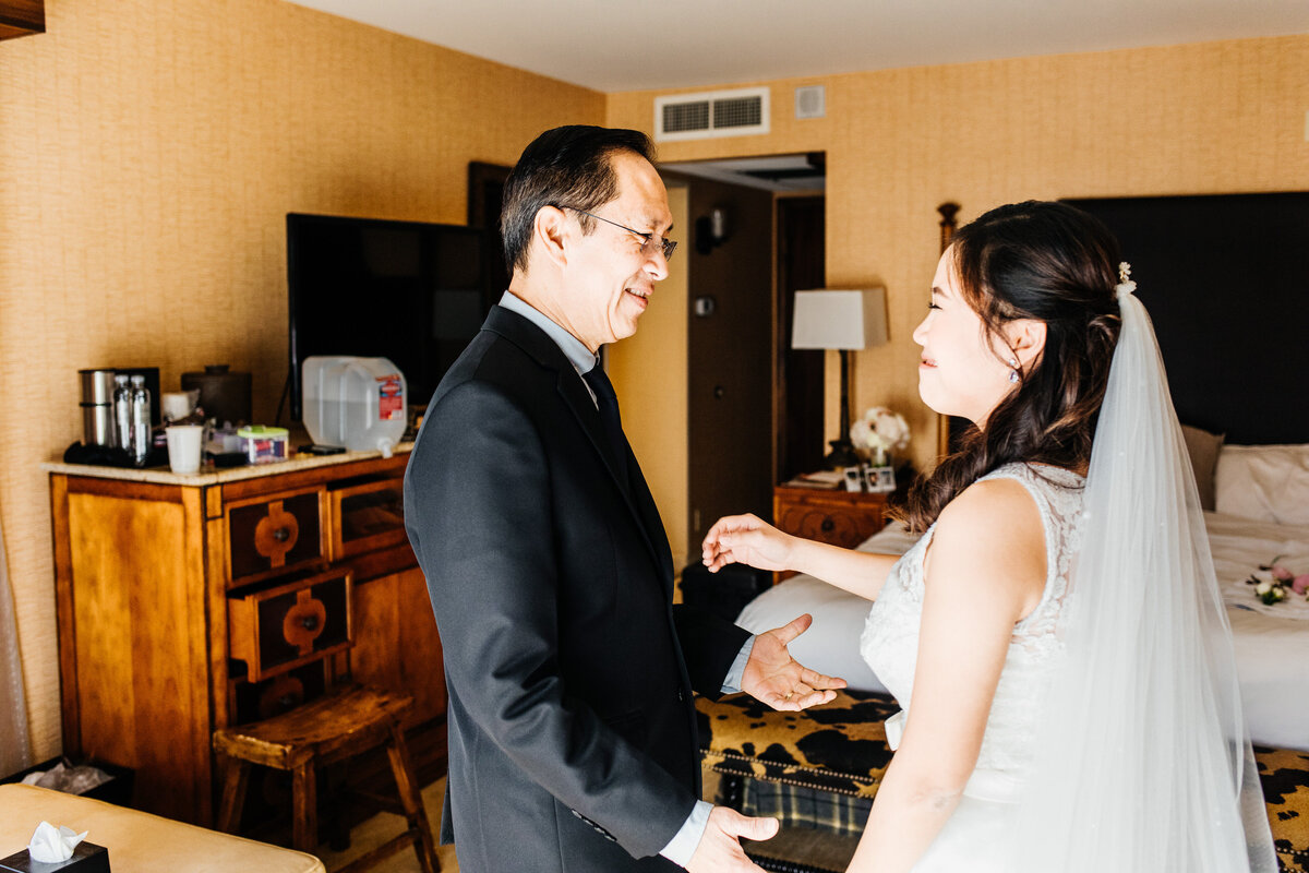 lake-arrowhead-resort-and-spa-elopement-big-bear-elopement-socal-wedding-photographer-11