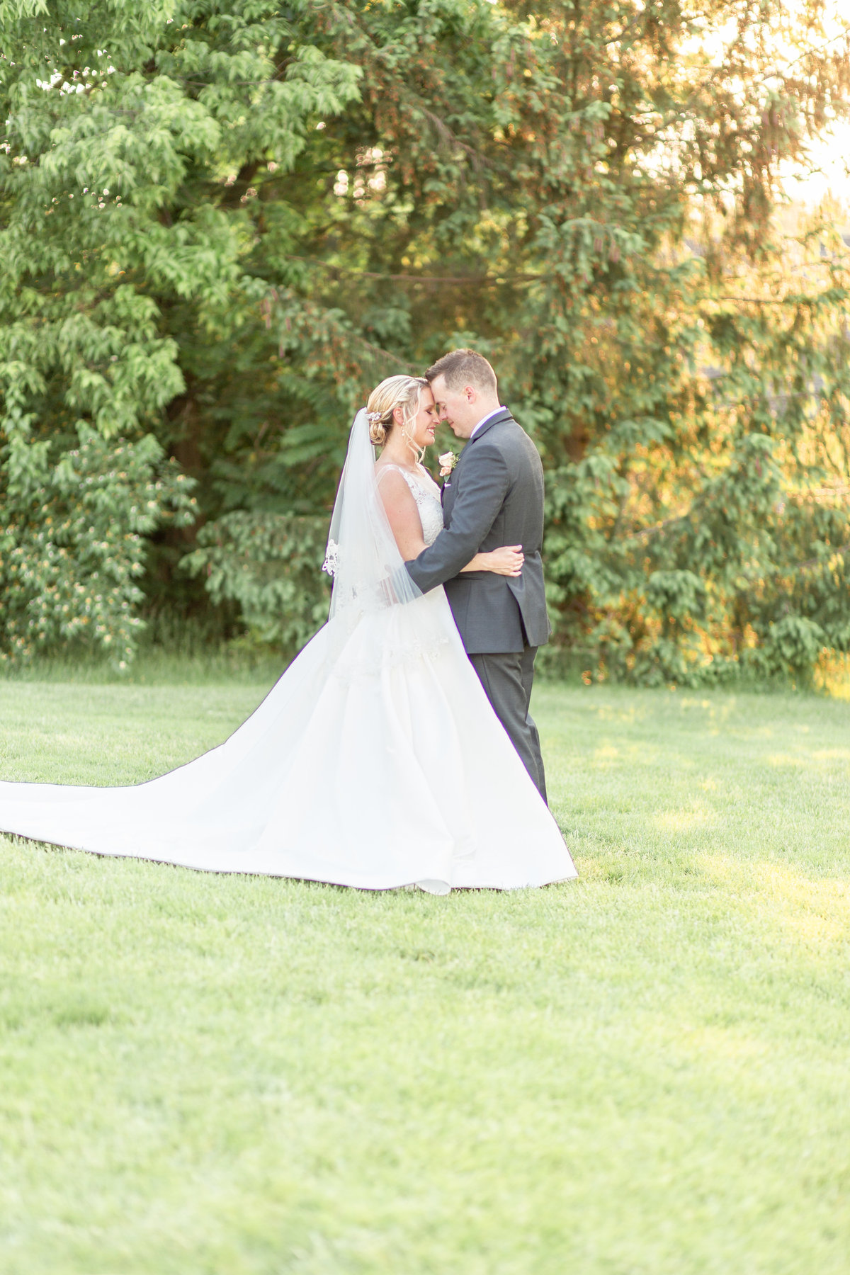 Ohio Wedding Photographer - Best 2019-115