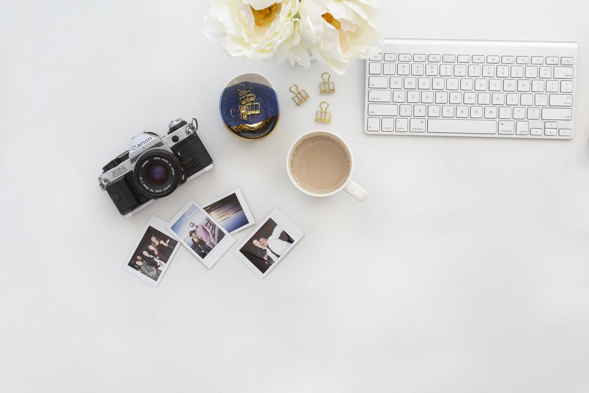 desk props of a private photo editor for busy wedding photographers