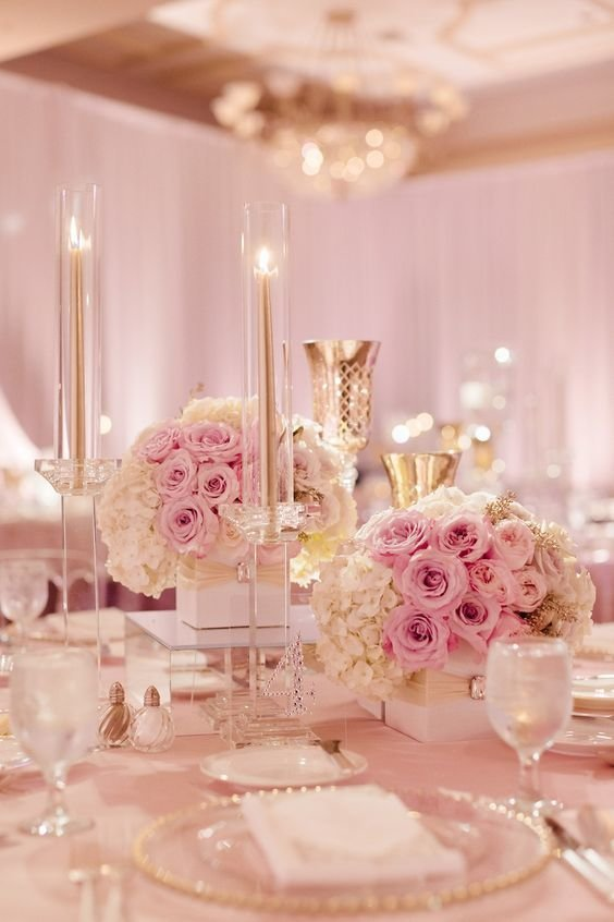 Blush and Gold Tablescape floral decor