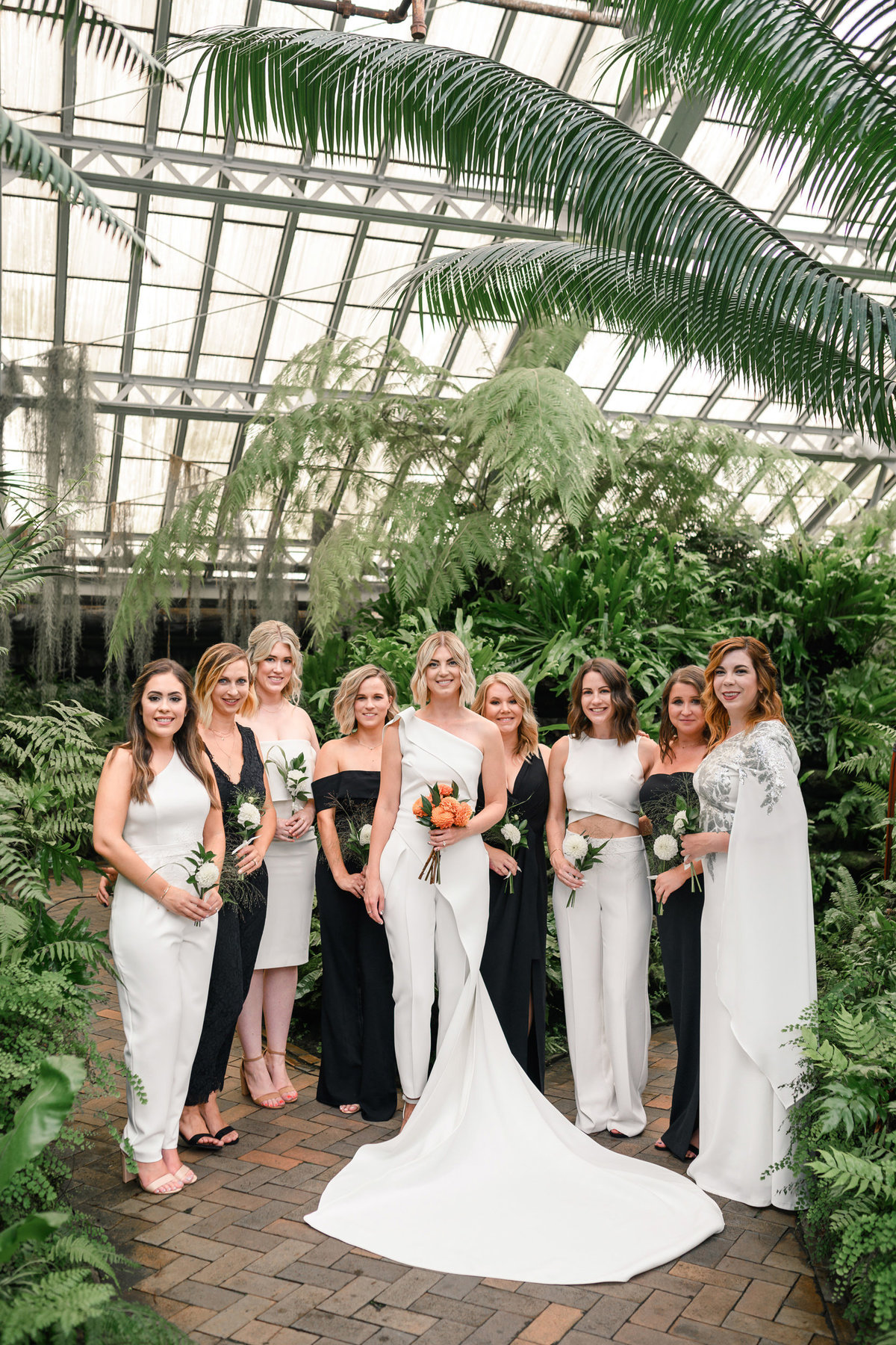 garfield-park-conservatory-chicago-wedding-the-paper-elephant-0012