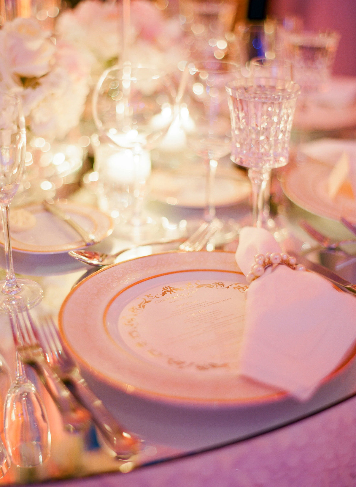 35-KTMerry-weddings-Breakers-Palm-Beach-dinner-setting