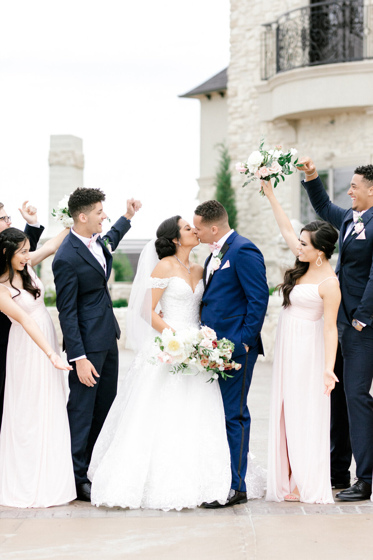Jasmine & Josh Wedding at Knotting Hill Place | Dallas DFW Wedding Photographer | Sami Kathryn Photography-87
