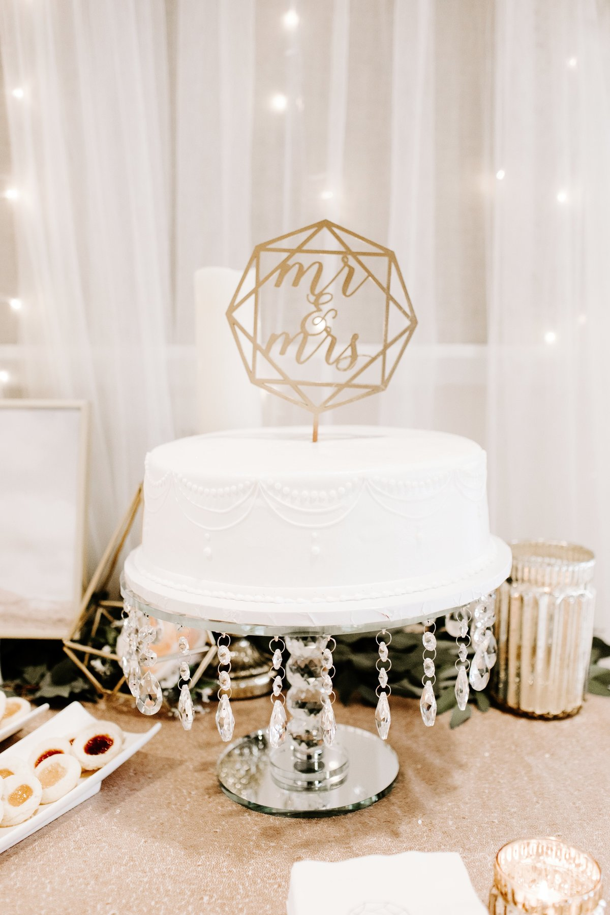 Geometric-Diamond-Wedding-Cake