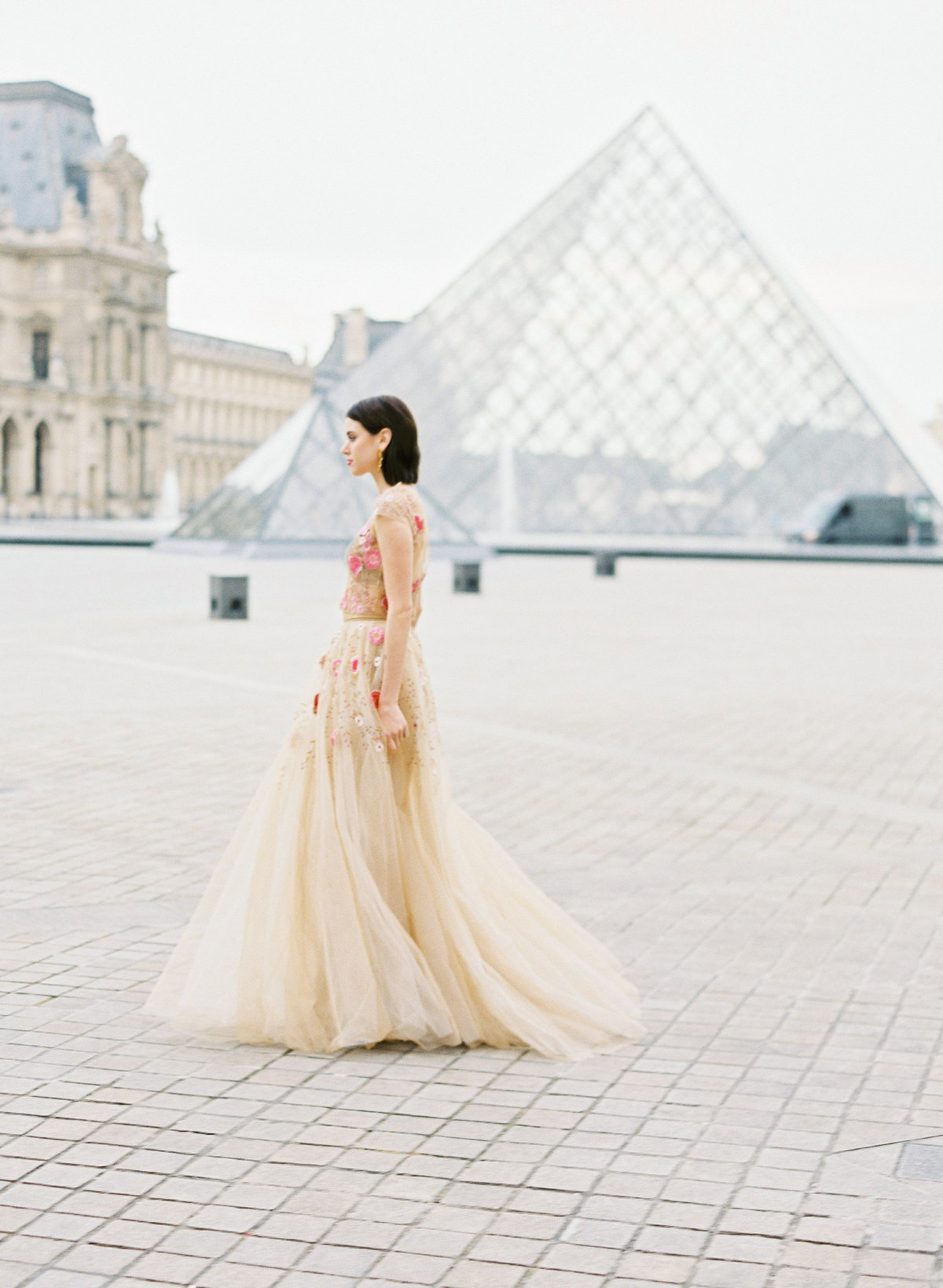 destination wedding photographer paris the lourve amelia soegijono 009