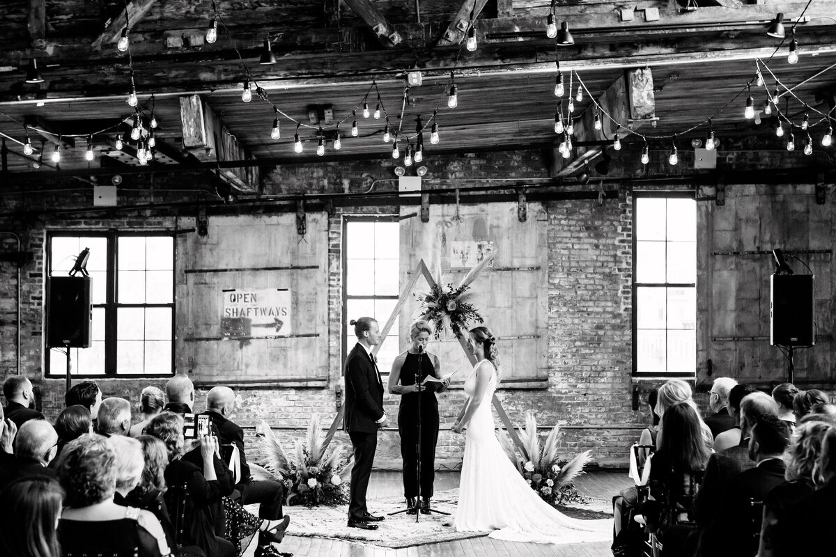 Greenpoint_Loft_0856_Kacie_Corey_Wedding_06582