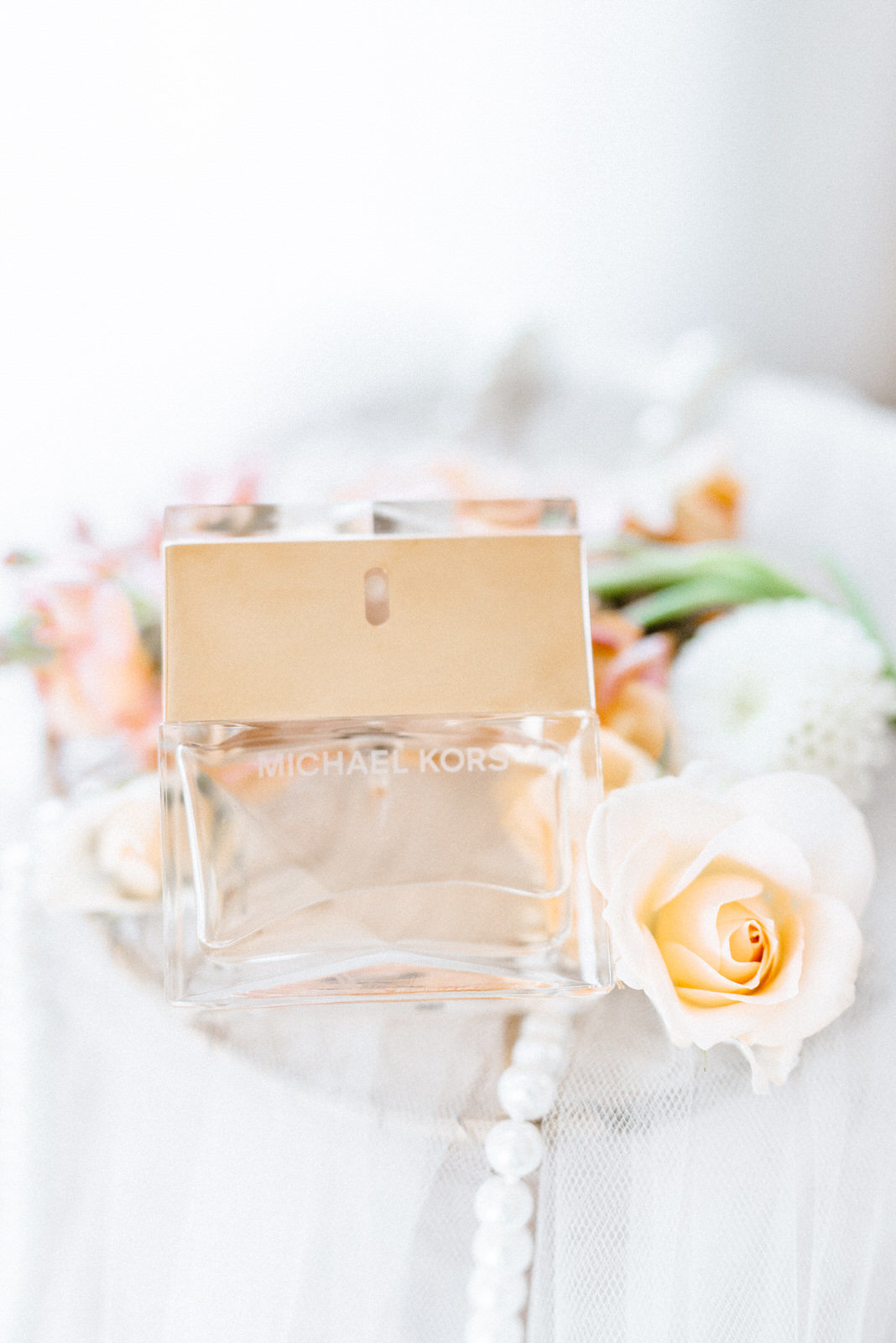 michal kors Perfume wedding details