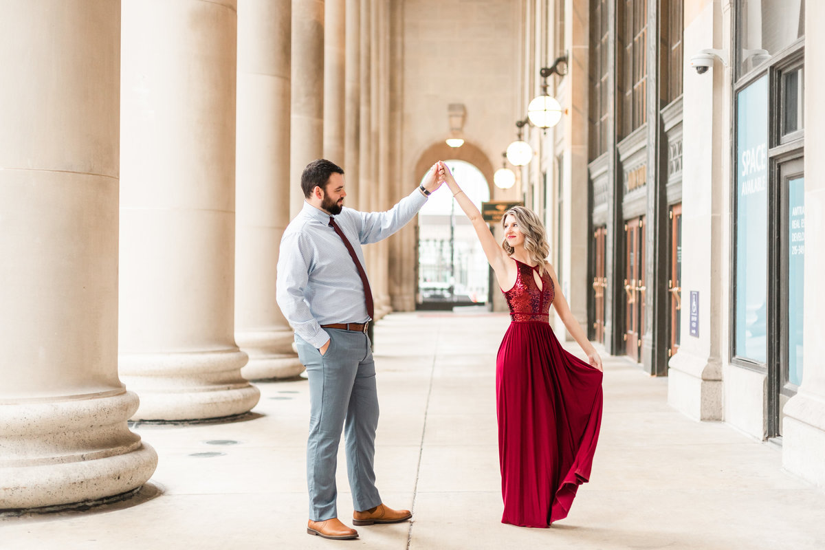 Chicago Engagement Photos at Union Station65966