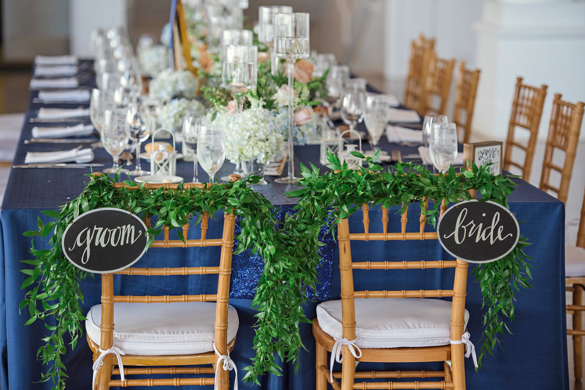 Wedding table decor at Oceanbleu