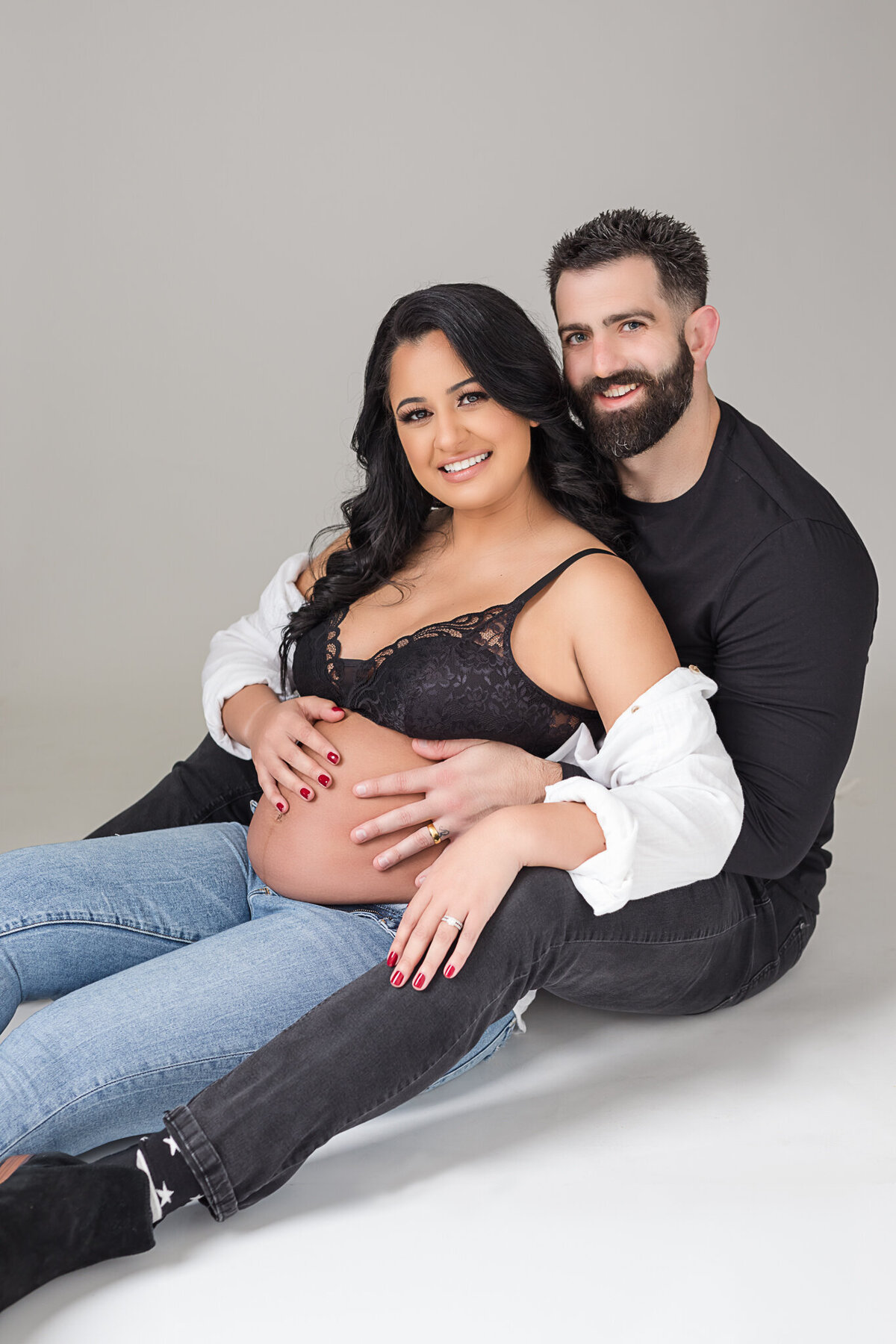 orlando maternity photos in studio