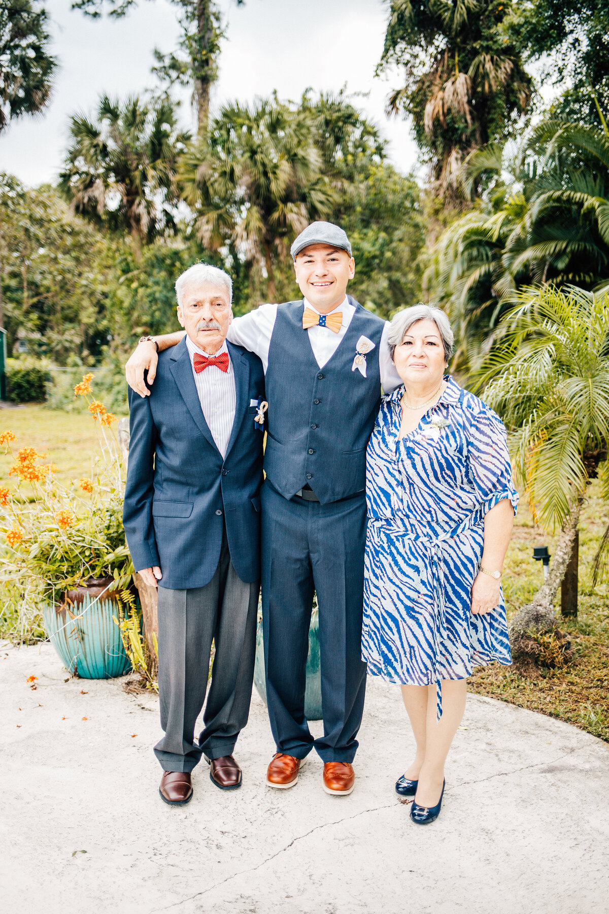 Kimberly_Hoyle_Photography_Marrero_Millikens_Reef_Wedding-24