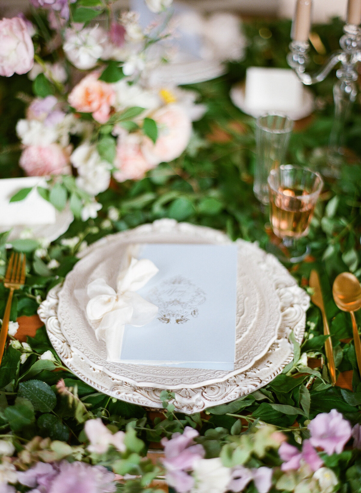 Wedding-Inspiration-Shangri-La-Paris-18