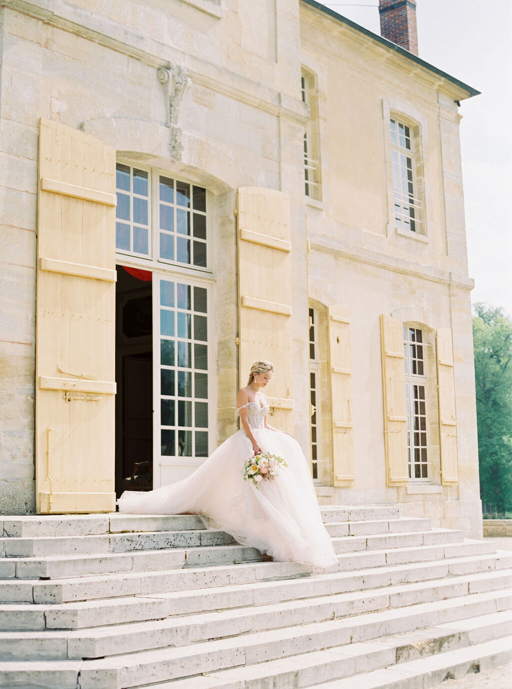 Chateau-de-Villette-wedding-Floraison31