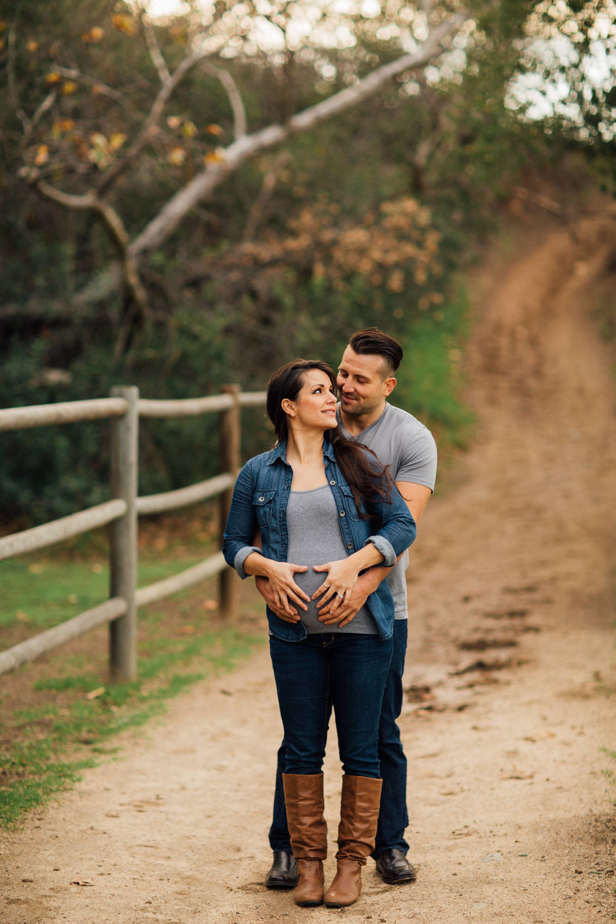 Maternity Photos in Irvine_
