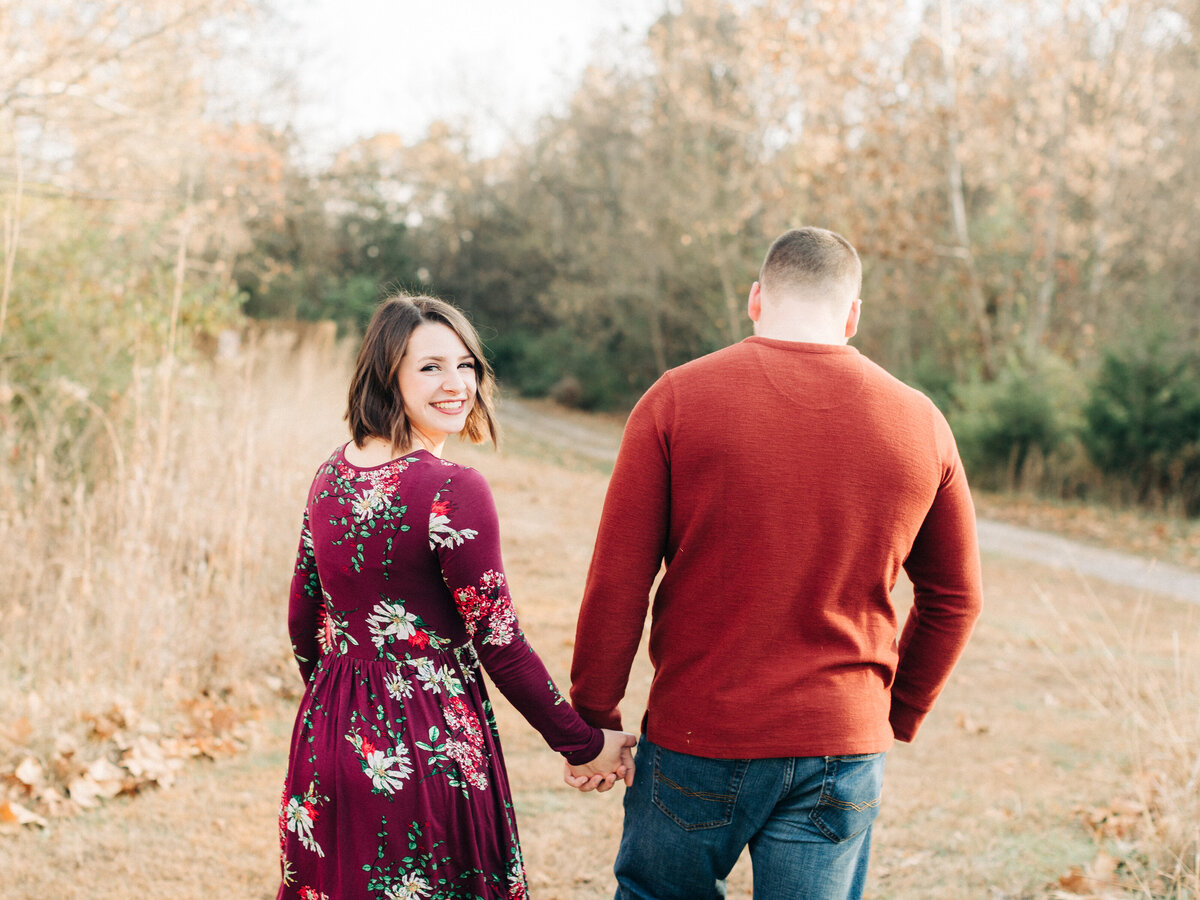 Dorothy_Louise_Photography_Hannah_Luke_Klondike_Park_Augusta_Missouri_Fall_Engagement_Photos-86