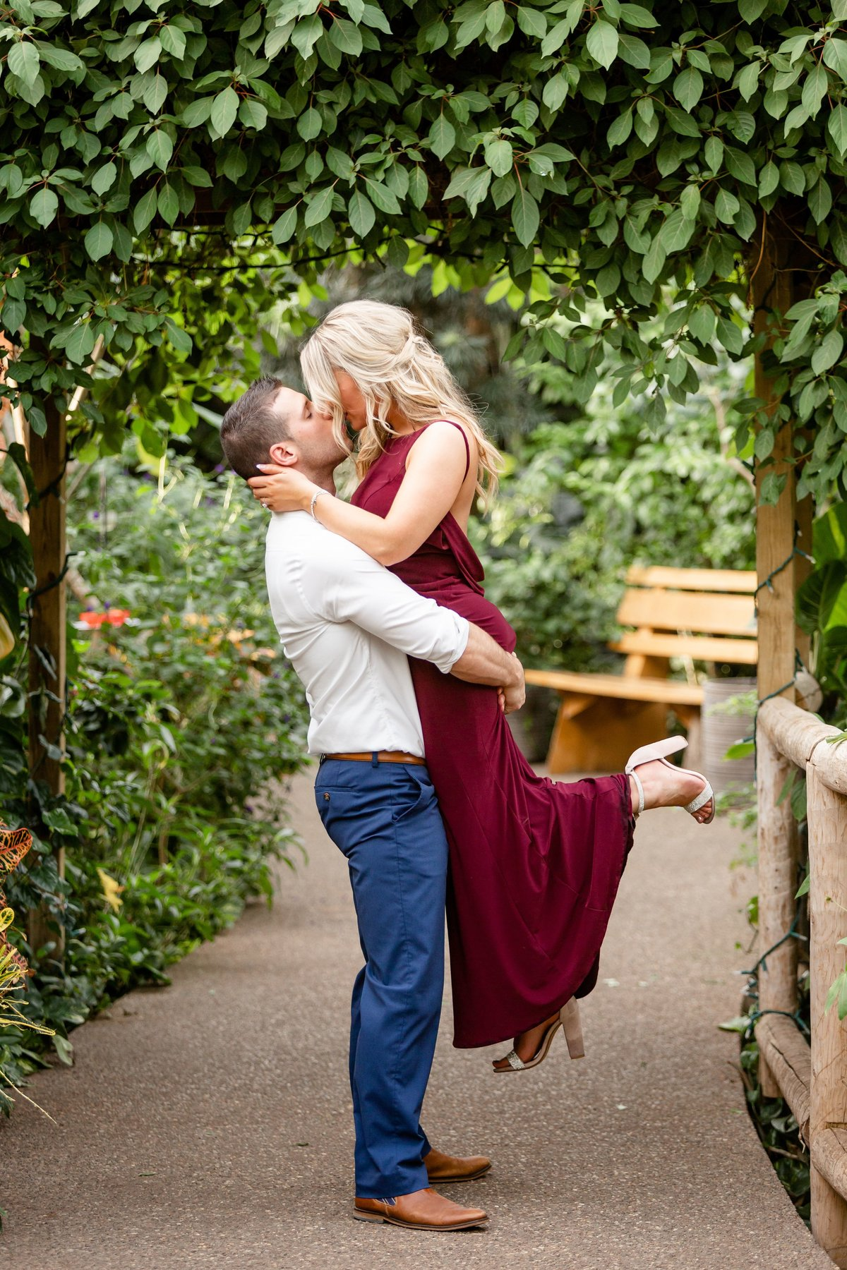 Cambridge Butterfly Conservatory Engagement Photography | Dylan and Sandra Photography 071