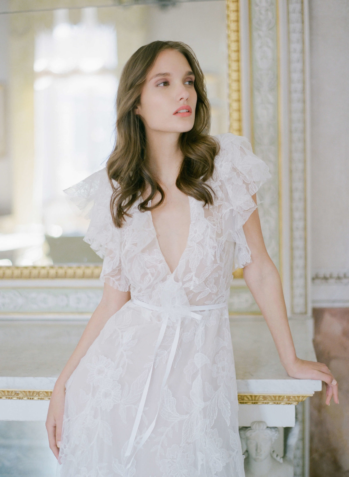 4-ktmerry-MoniqueLhuillier-Fall2020-wedding-fashion