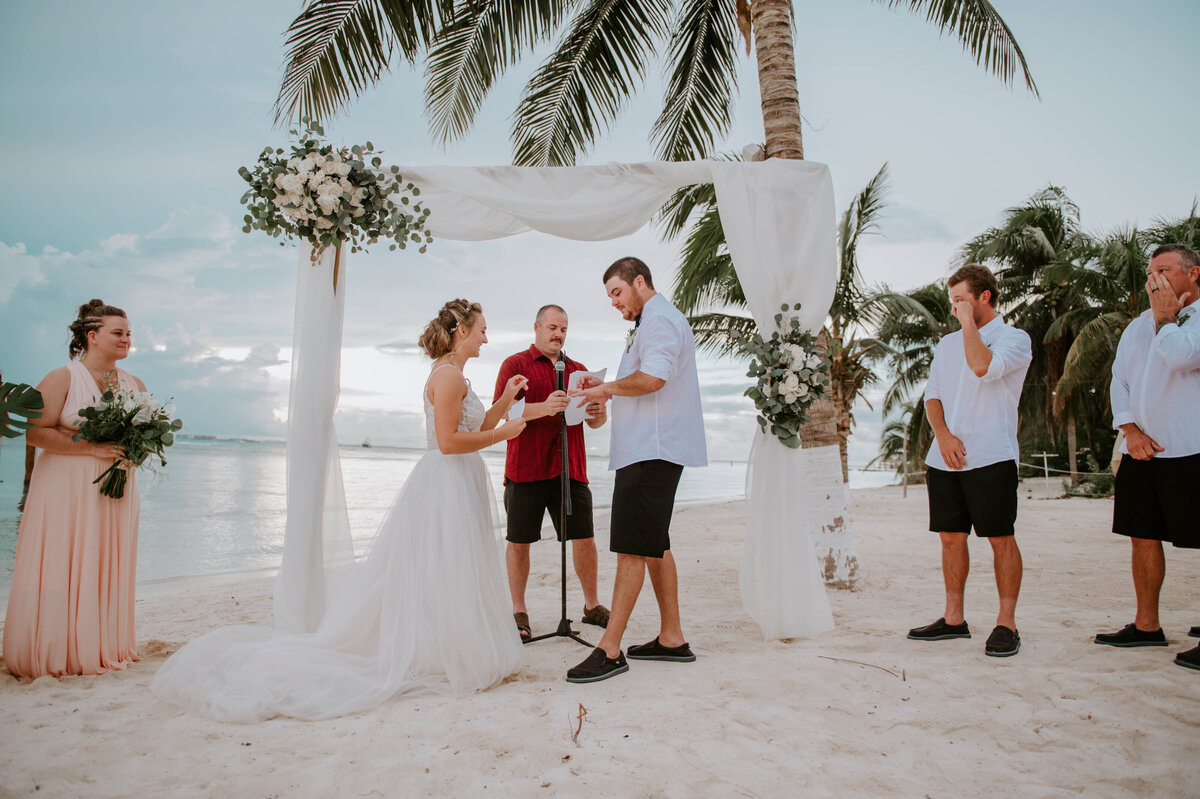 isla-mujeres-wedding-photographer-guthrie-zama-mexico-tulum-cancun-beach-destination-1159
