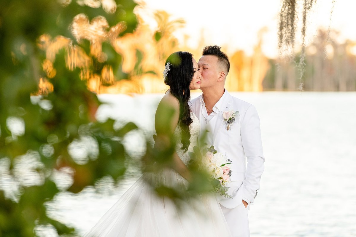 Paradise Cove Wedding | Orlando Wedding Photographer