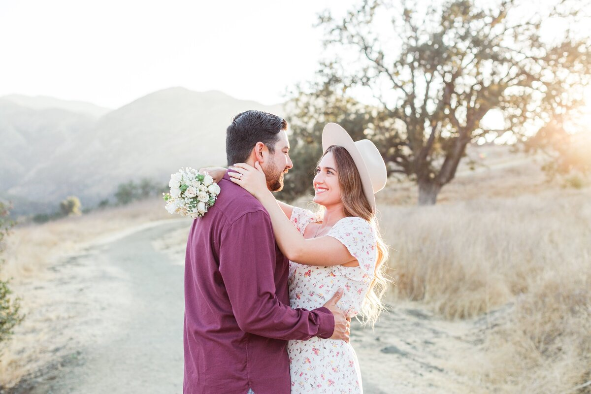 blog-Malibu-State-Creek-Park-Engagament-Shoot-boho-0055