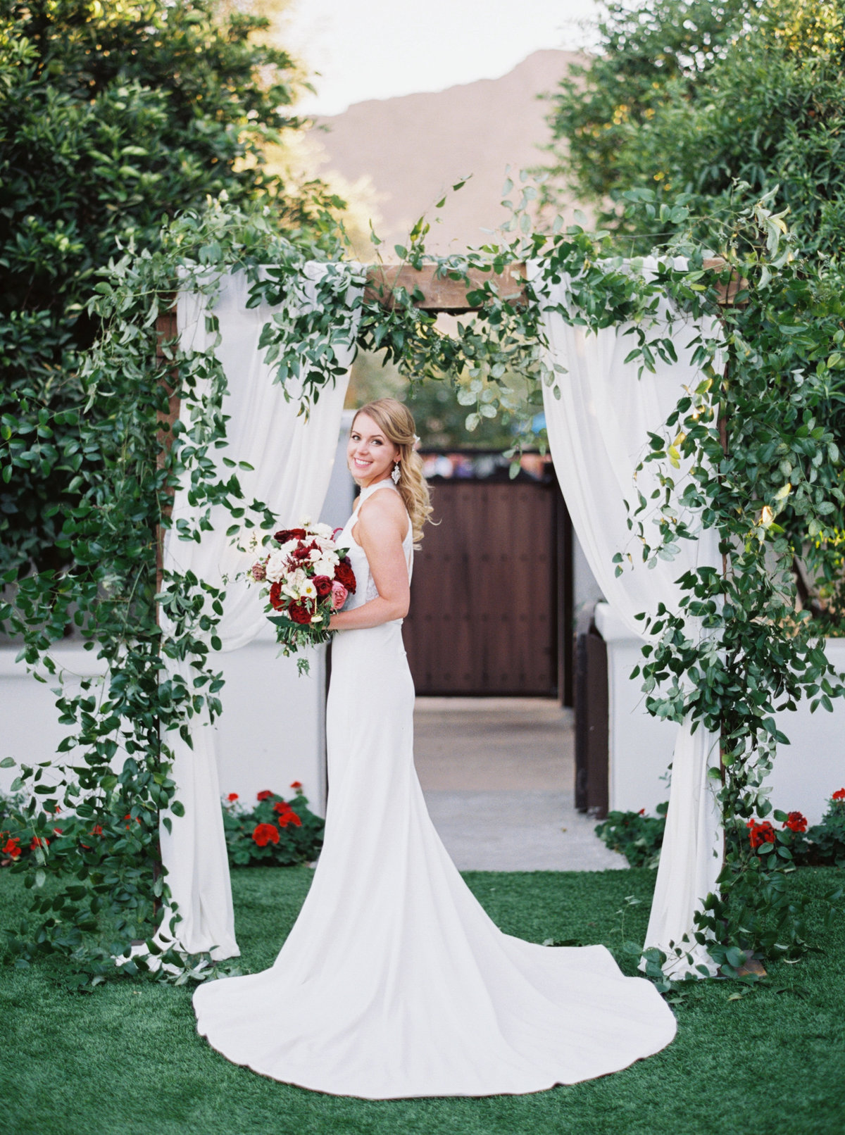 El Chorro Scottsdale Wedding - Mary Claire Photography-30