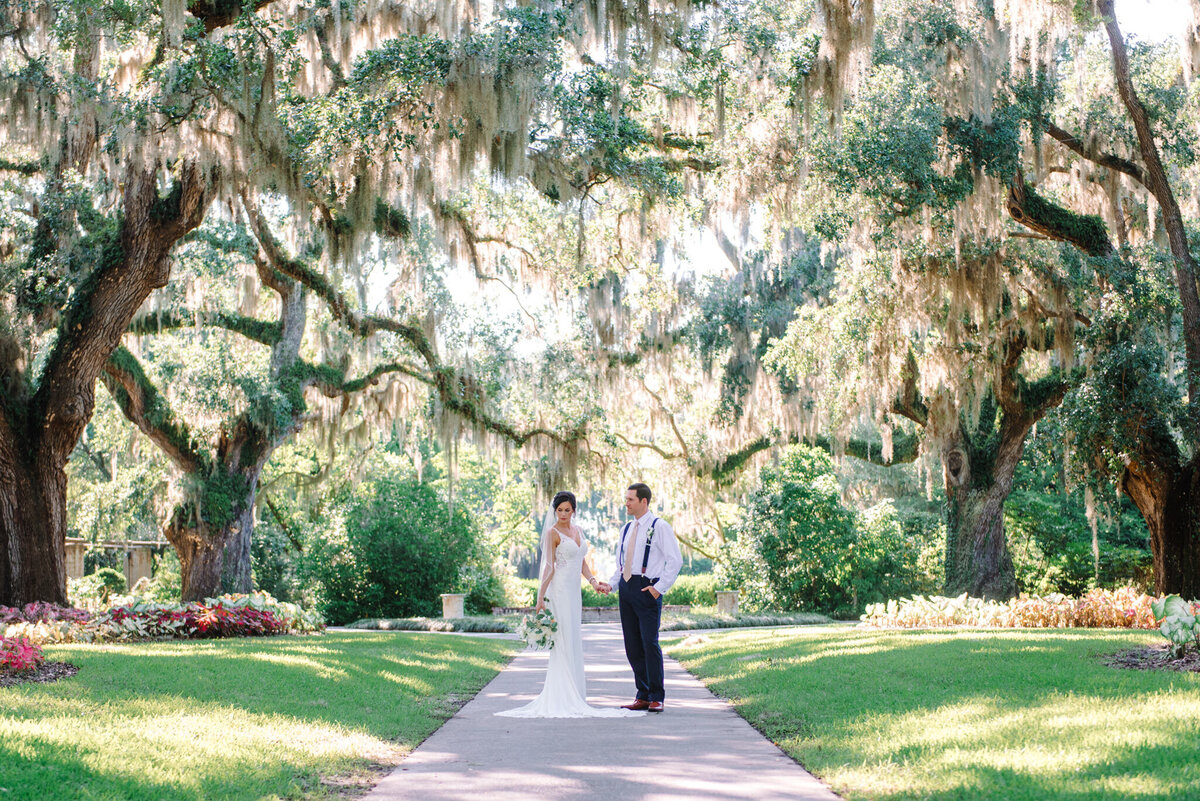 Brookgreen Gardens Wedding Pictures by Top Pawleys Island Wedding Photographer-22
