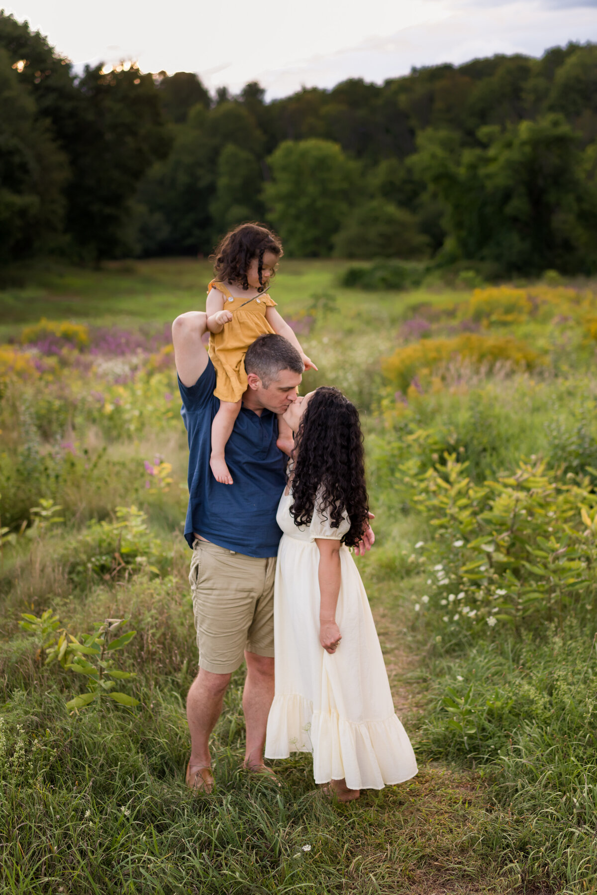 Boston-family-photographer-bella-wang-photography-Lifestyle-session-outdoor-wildflower-90