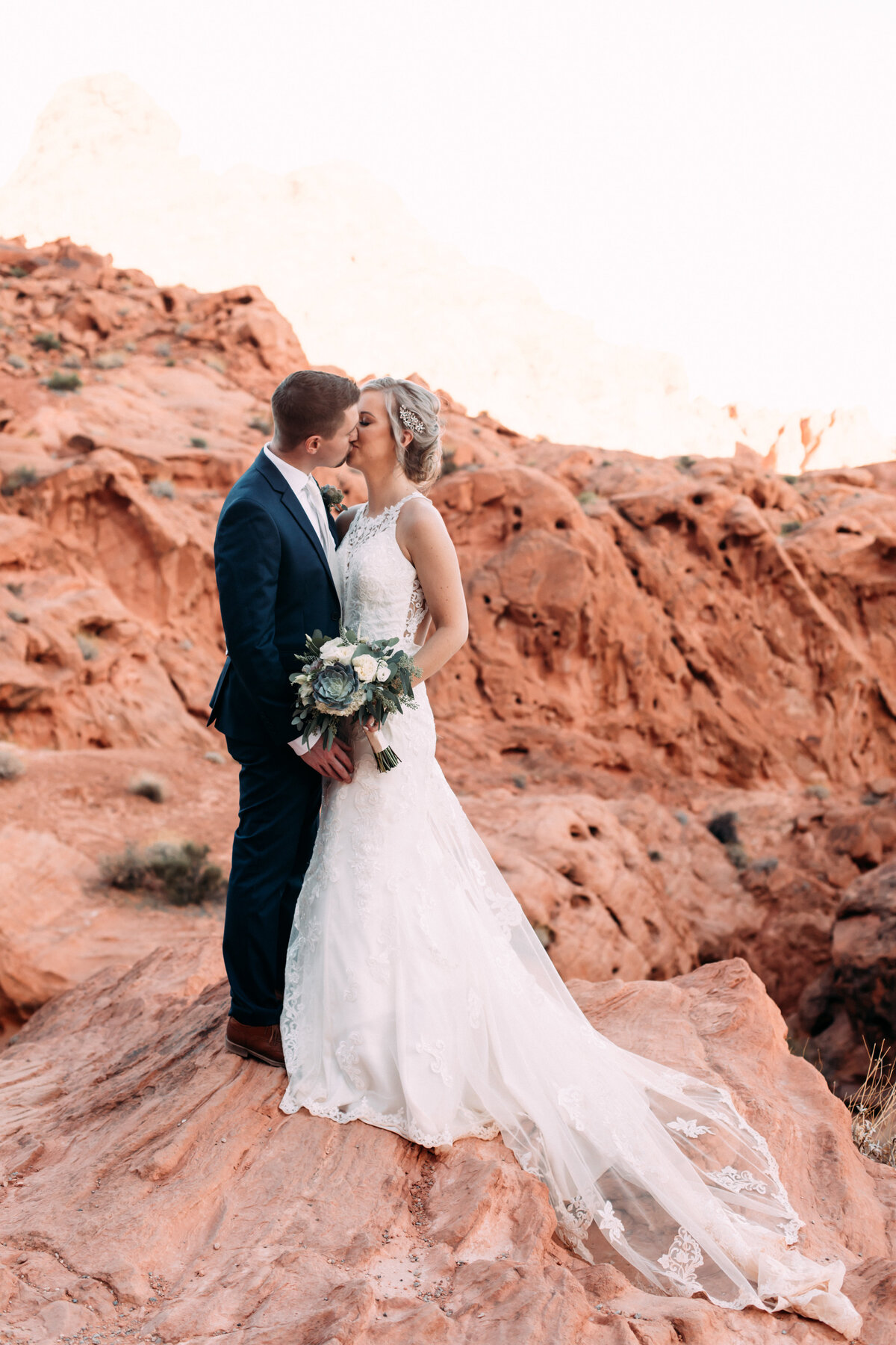 Heather+Ivan|AshlynSavannahPhoto|ValleyofFireElopement-97