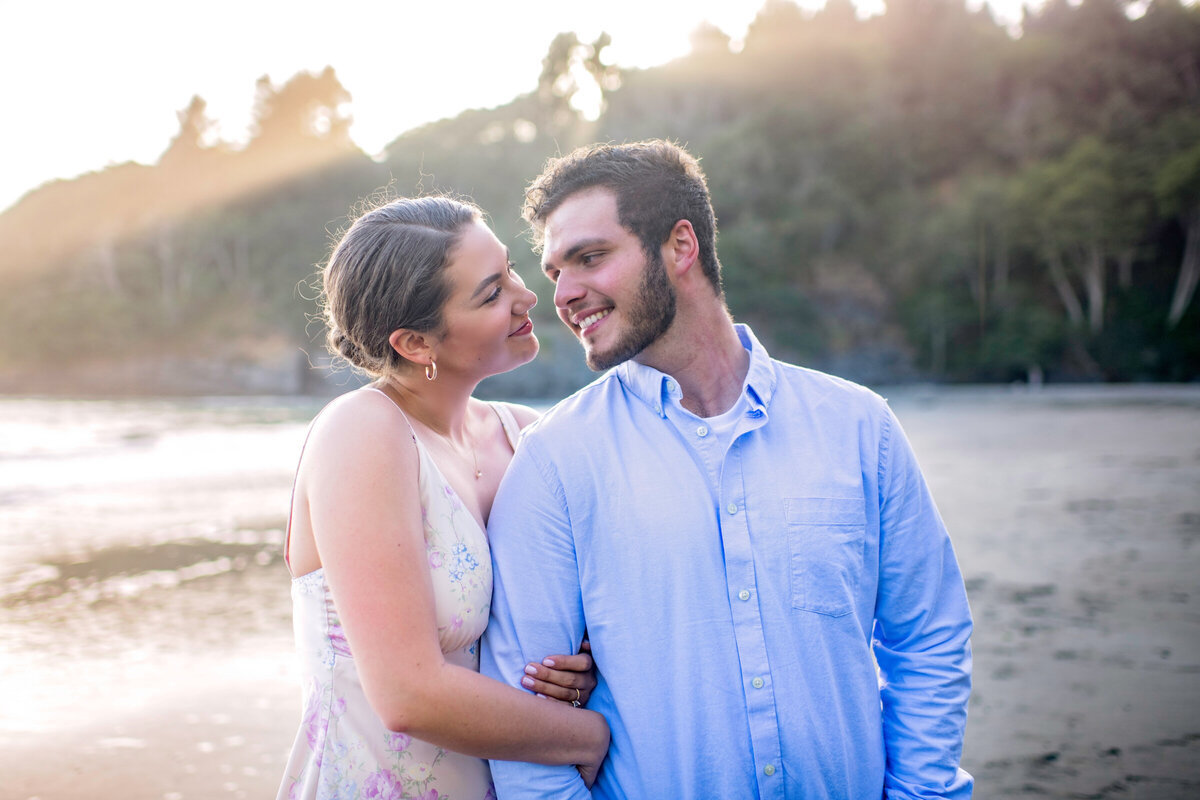 Humboldt-County-Engagement-Photographer-Beach-Engagement-Humboldt-Trinidad-College-Cove-Trinidad-State-Beach-Nor-Cal-Parky's-Pics-Coastal-Redwoods-Elopements-3