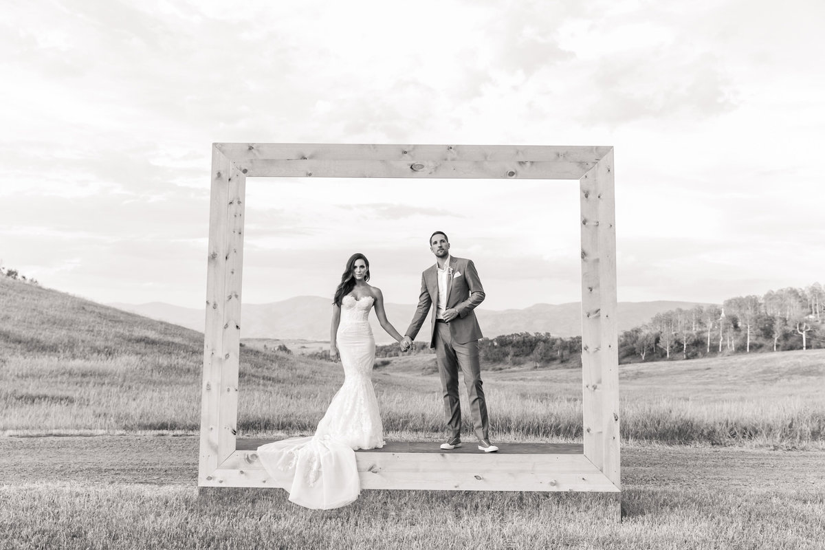 Kari_Ryan_Anderson_Colorado_Outdoor_Chapel_Wedding_Valorie_Darling_Photography - 114 of 126
