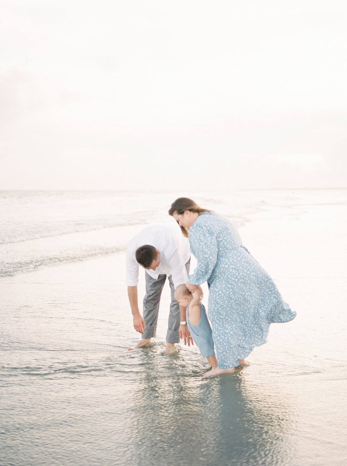 First-birthday-photoshoot-Isle-of-Palms-caitlyn-motycka-photography_0024