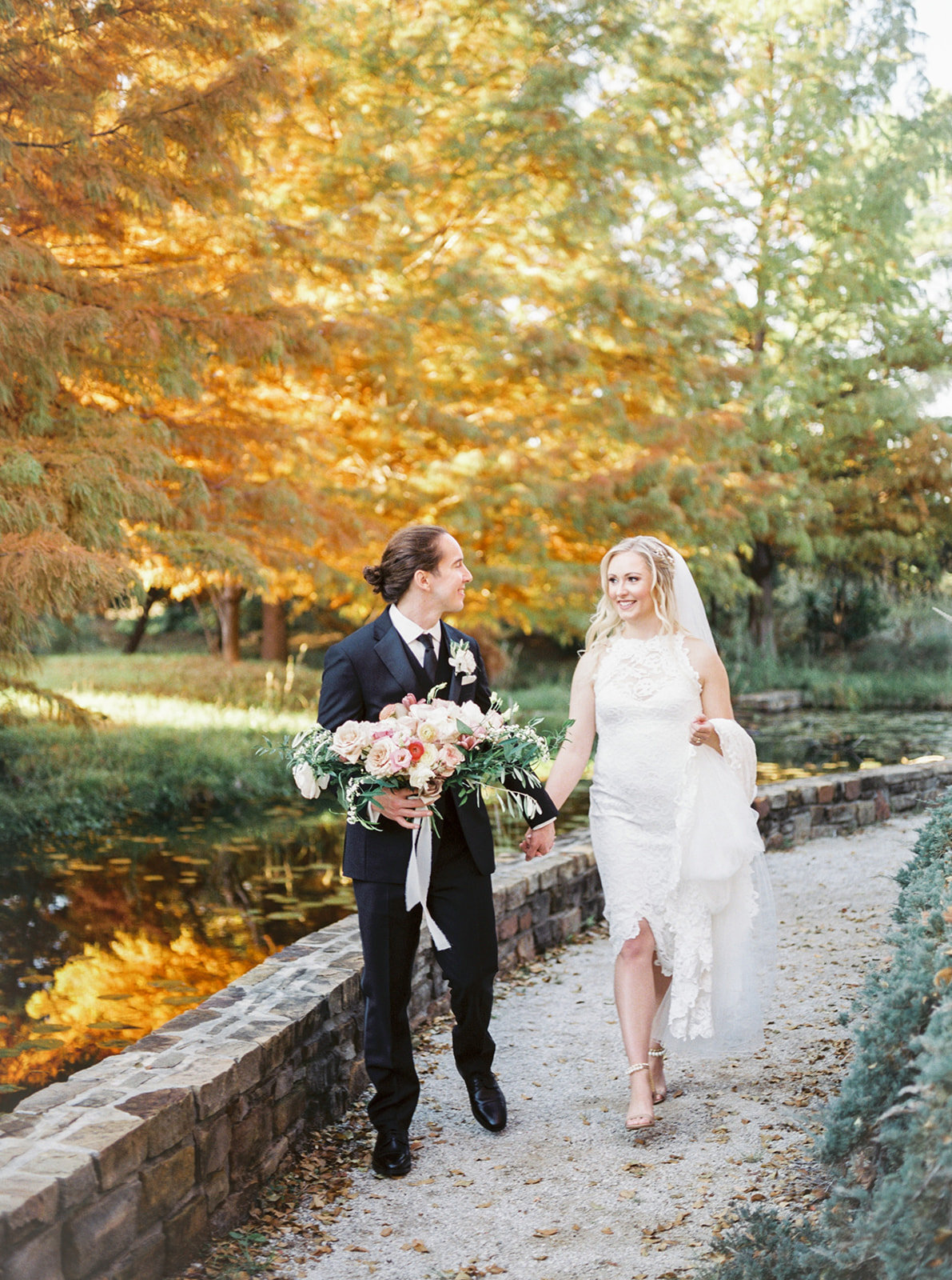 Romantic Garden Party at Clark Gardens Dallas Wedding (16)