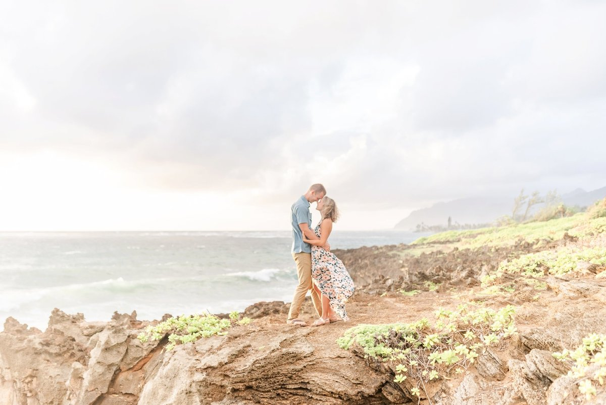 couples-session-in-oahu-hawaii