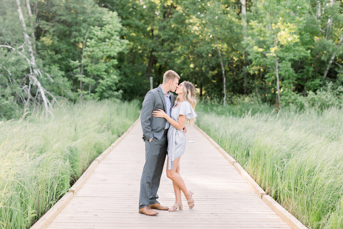 Minneapolis engagement Photographer, minnesota engagement photographer, mineapolis wedding photographer, minnesota wedding photographer