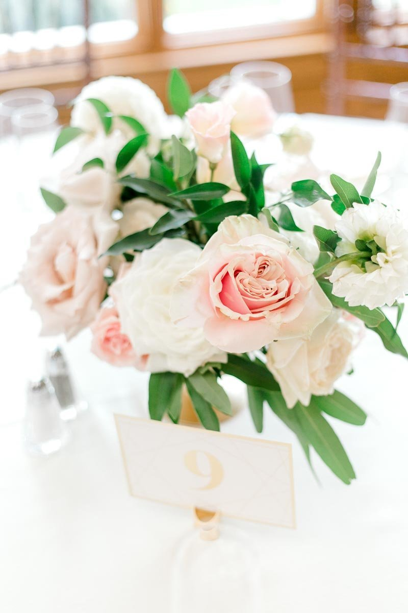 Light and Airy floral table centerpiece taken by K. Lenox Photography