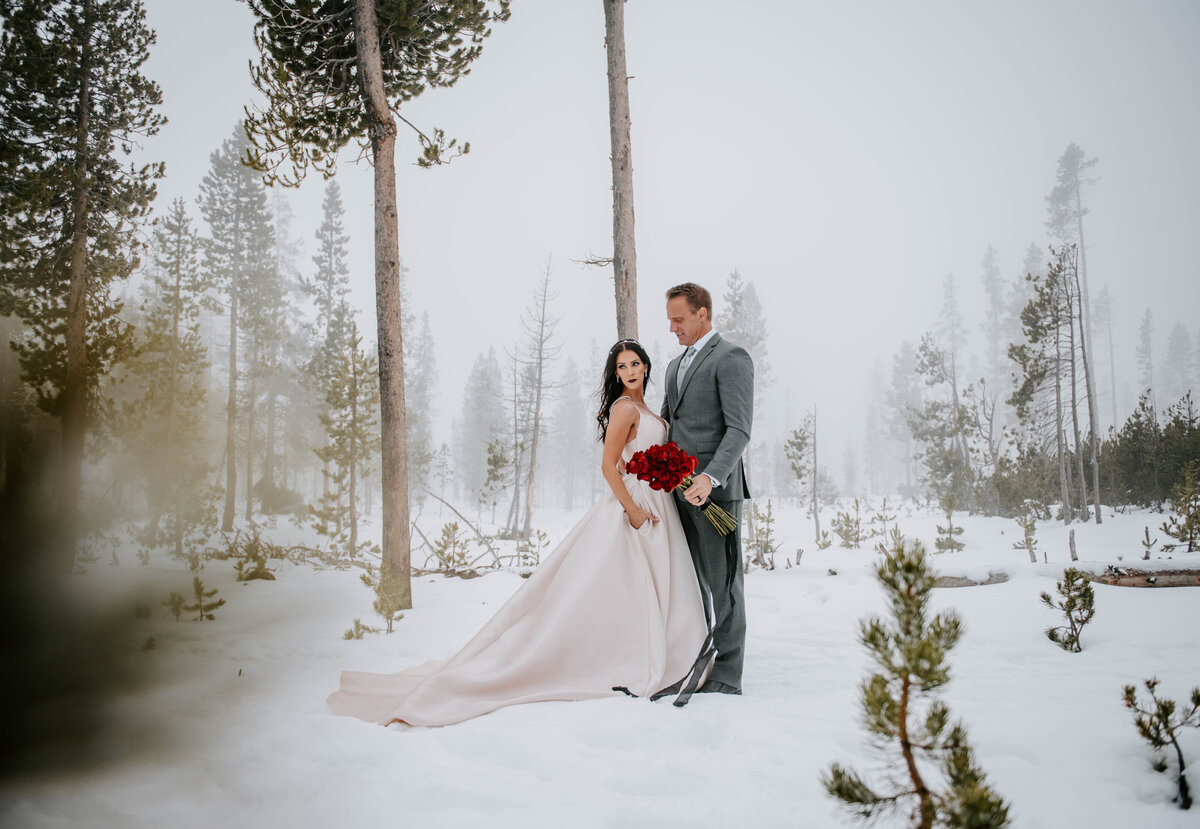mt-bachelor-snow-winter-elopement-bend-oregon-wedding-photographer-2238