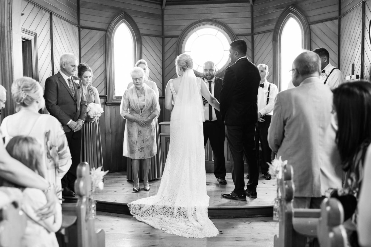 trenavin-chapel-phillip-island-wedding-heart+soul-weddings-sally-sean-00169
