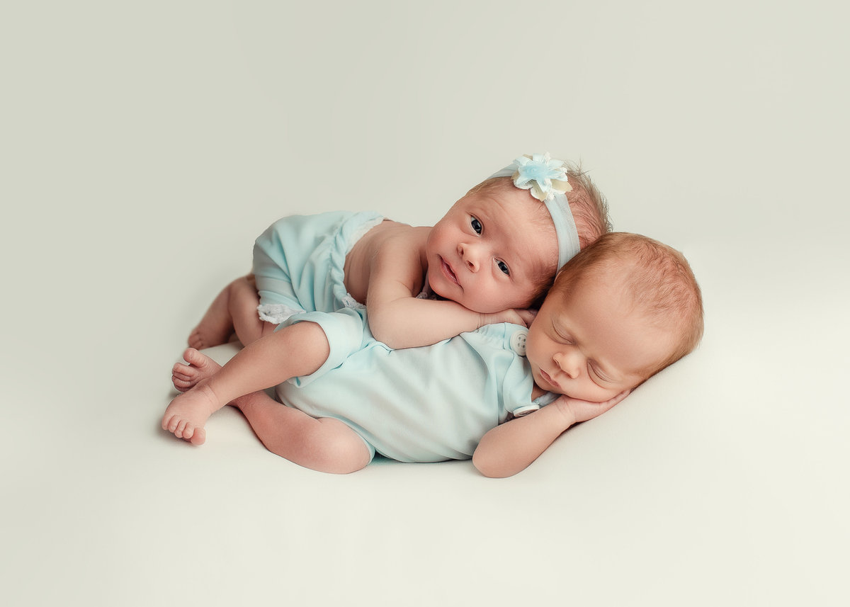 columubus.ohio.newborn.photographer-1-2
