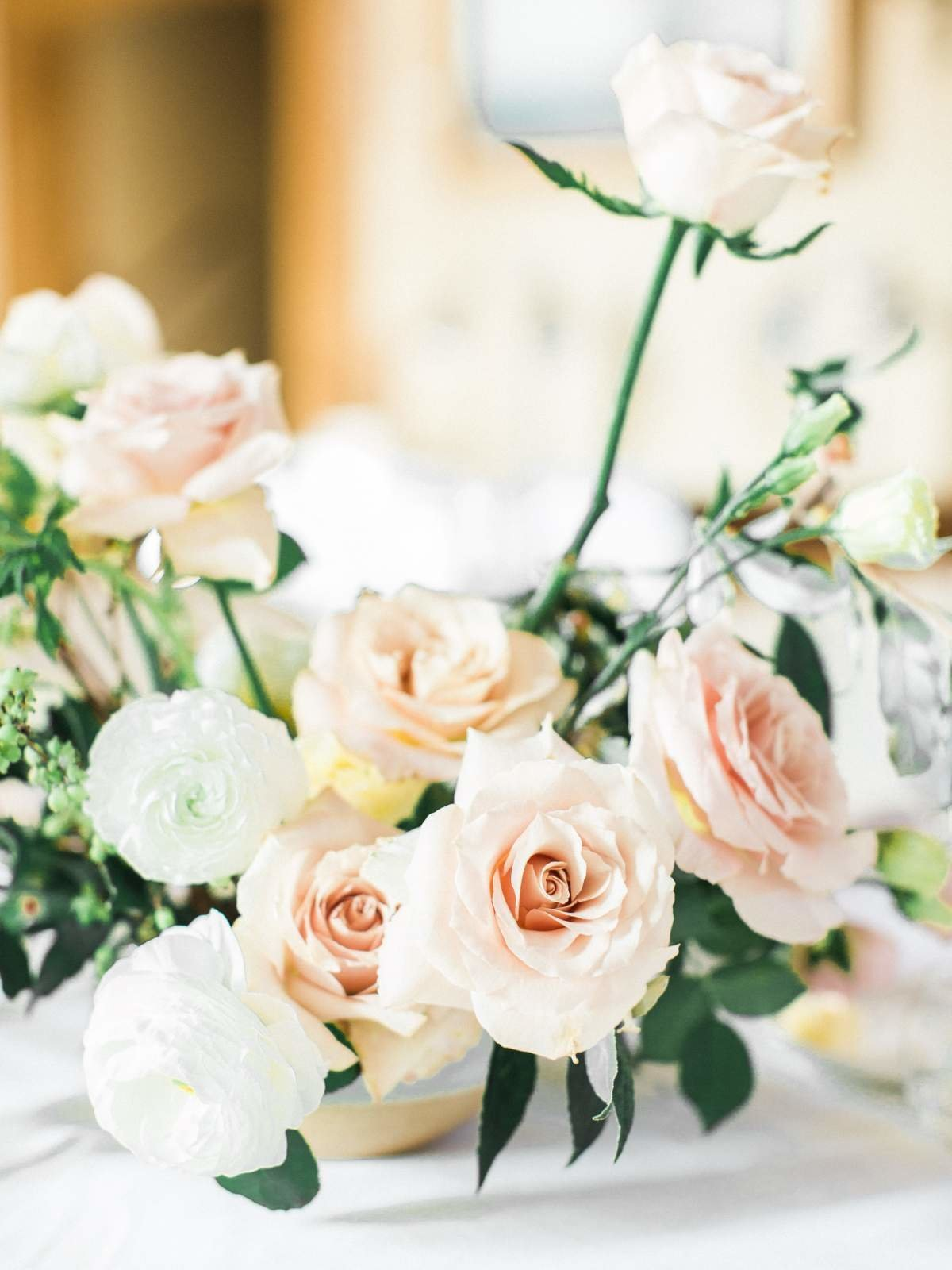 blush-wedding-centerpiece