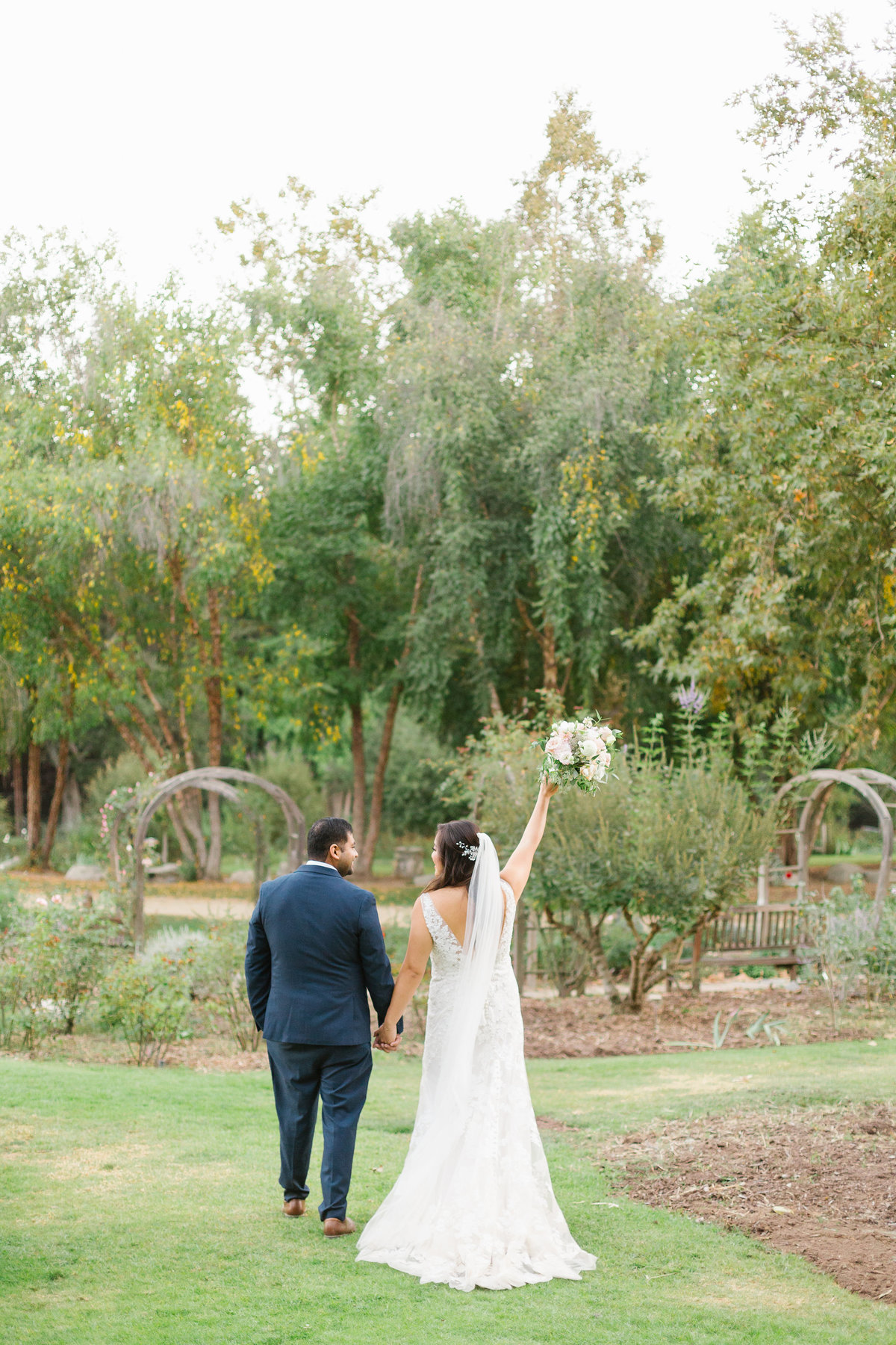 descanso-gardens-fall-wedding-photos-41