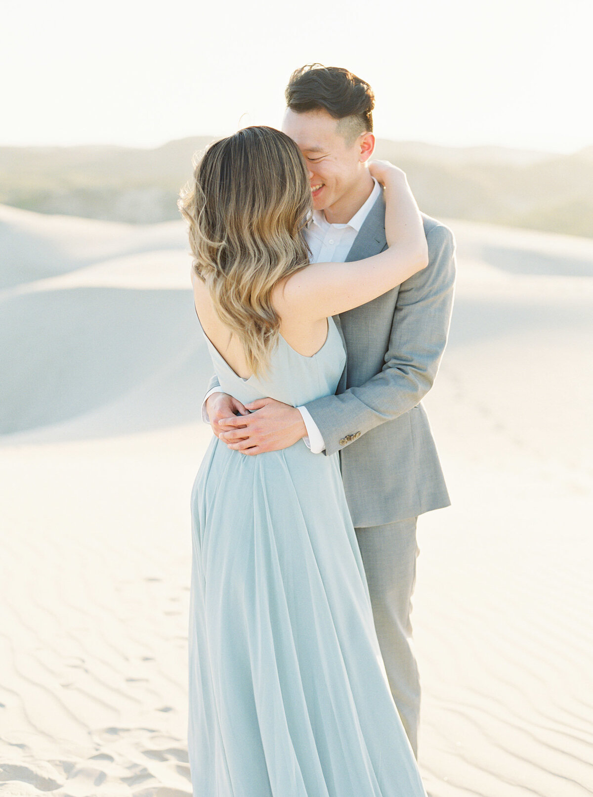 sand-dune-engagement-photos-21