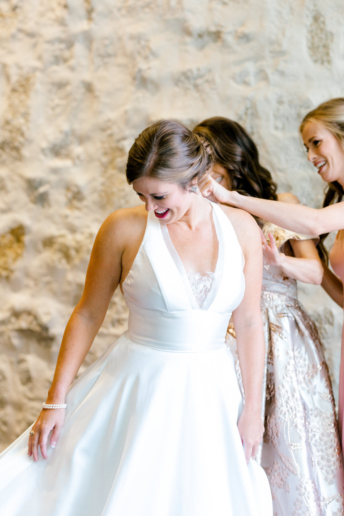 Kaylee & Michael's Wedding at Watermark Community Church | Dallas Wedding Photographer | Sami Kathryn Photography-27