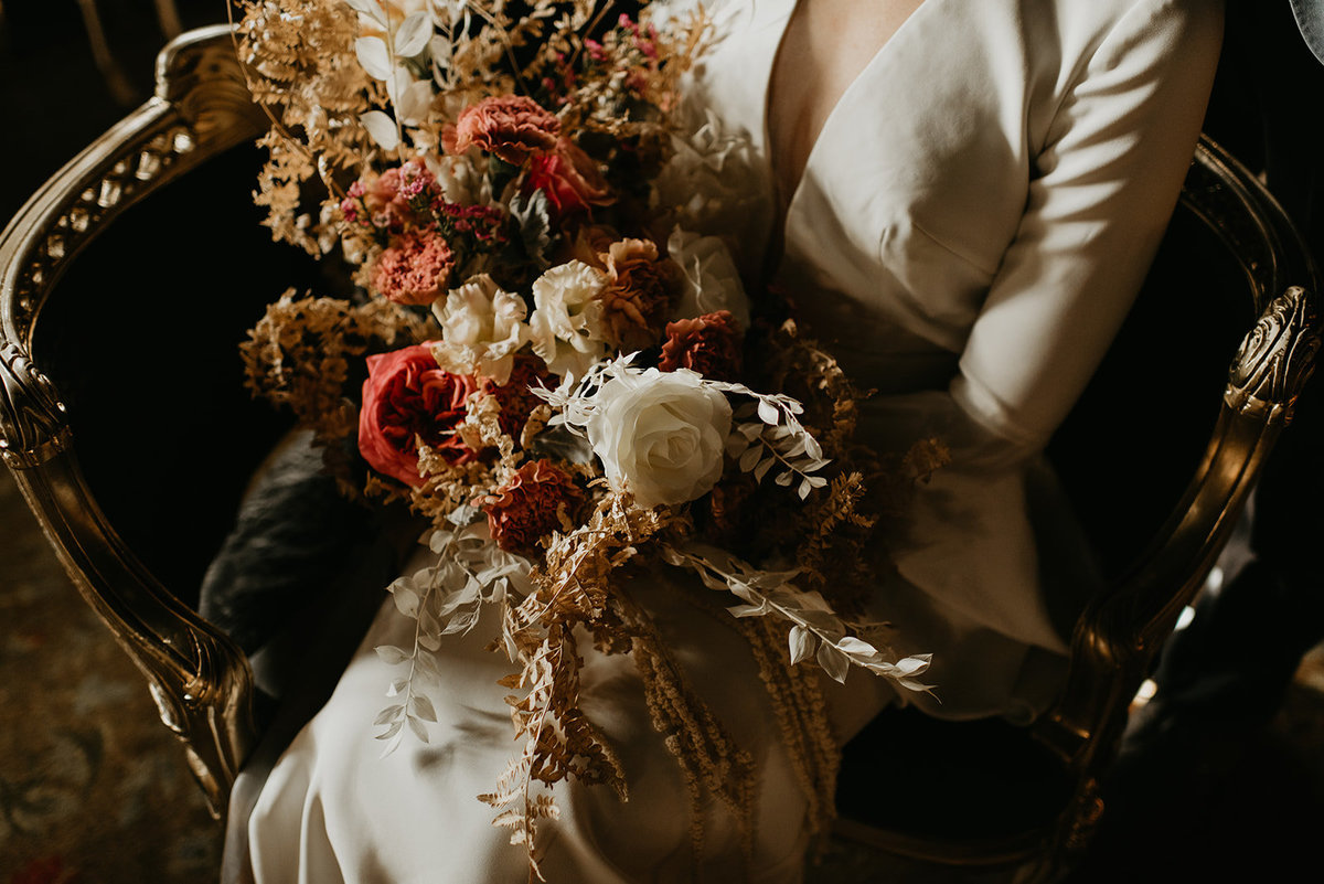 Britty + Beau - Elopement - The Ruins_ Seattle_ WA - Kamra Fuller Photography - Runaway With Me Elopement Collective-127
