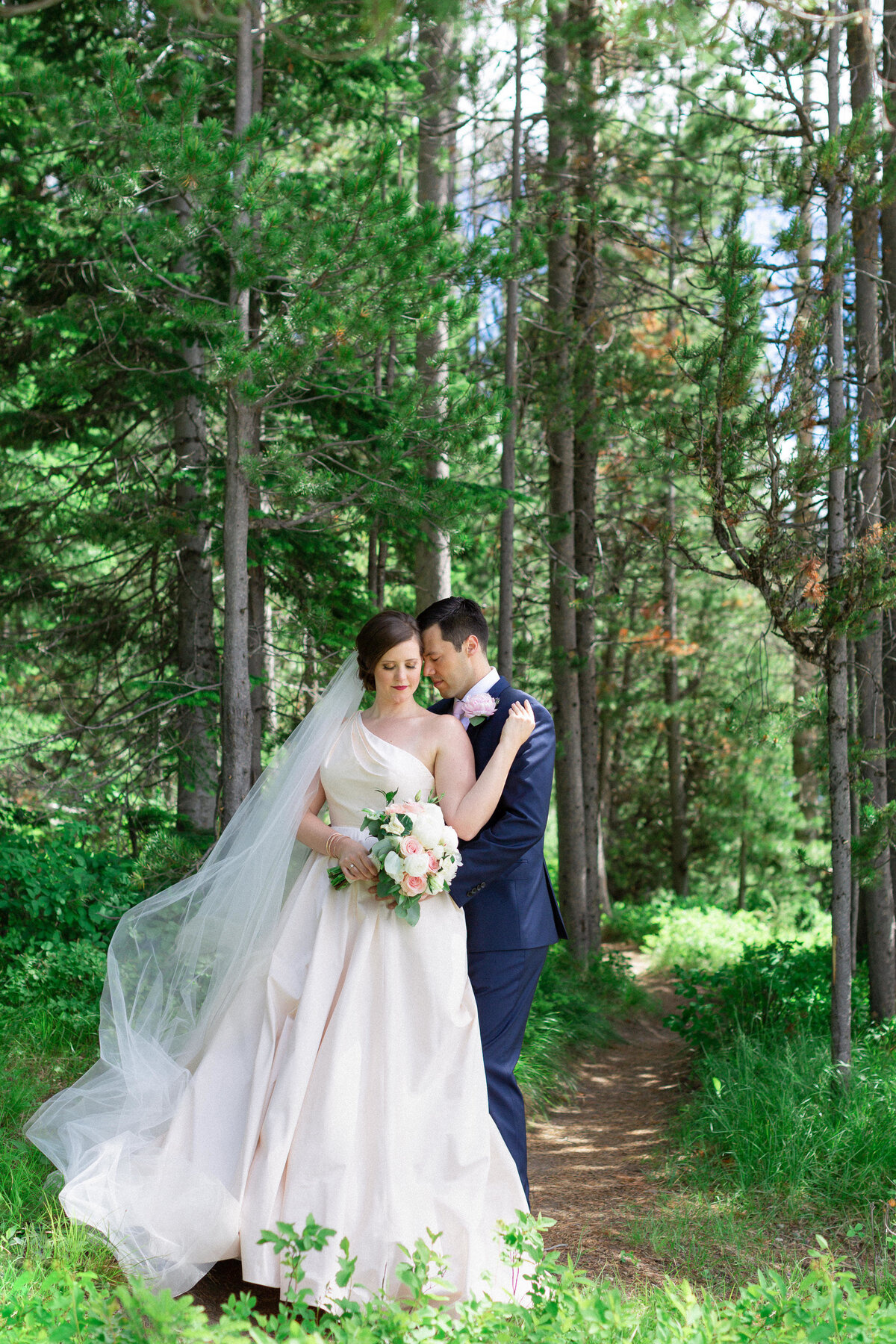 DestinationWeddingPhotographer-GrandTetonsLodge-GrandTetonsNationalParkWedding-TessaMa8xinePhotography