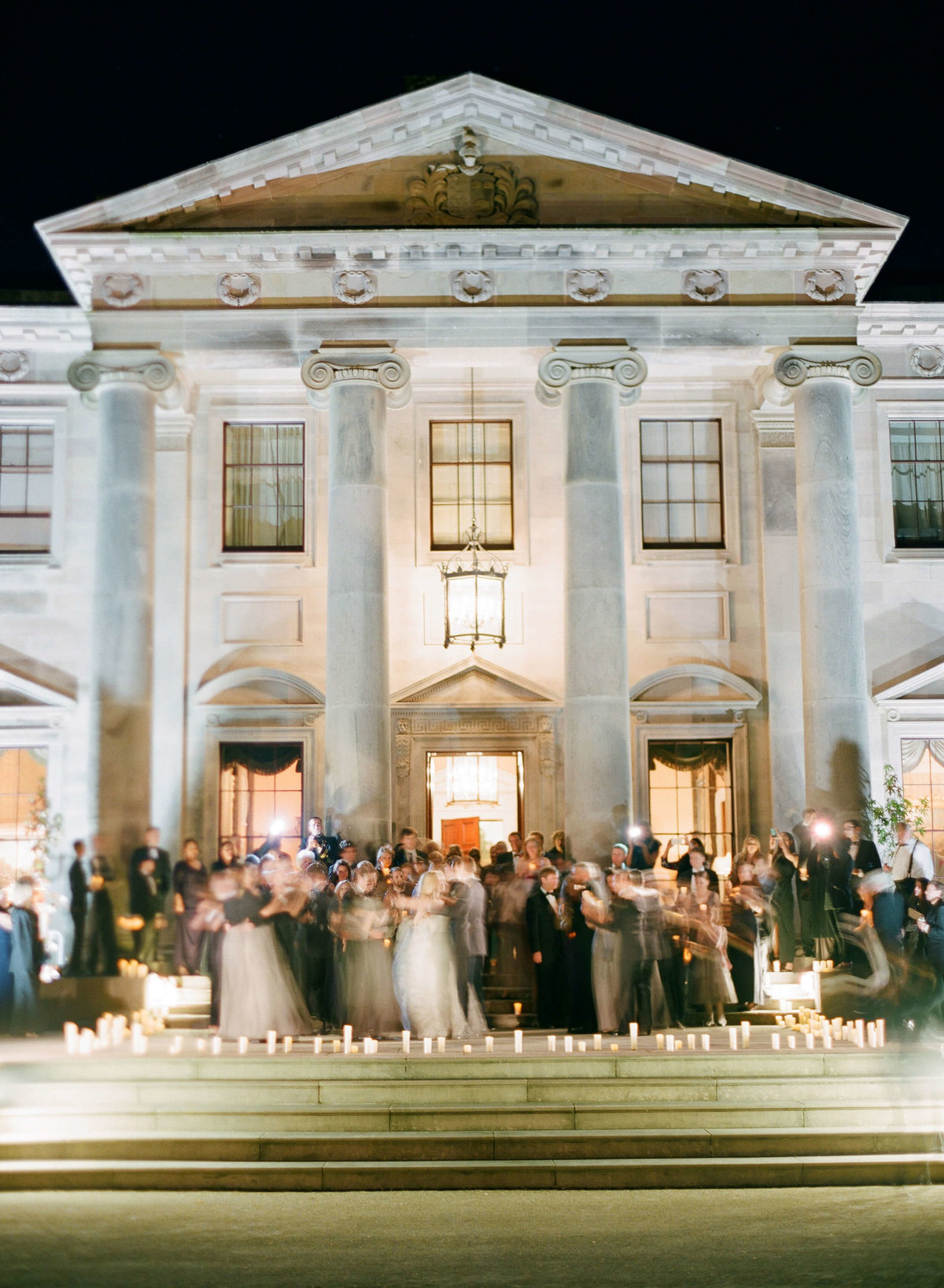 10-KTMerry-weddings-reception-Ballyfin-Ireland-exterior
