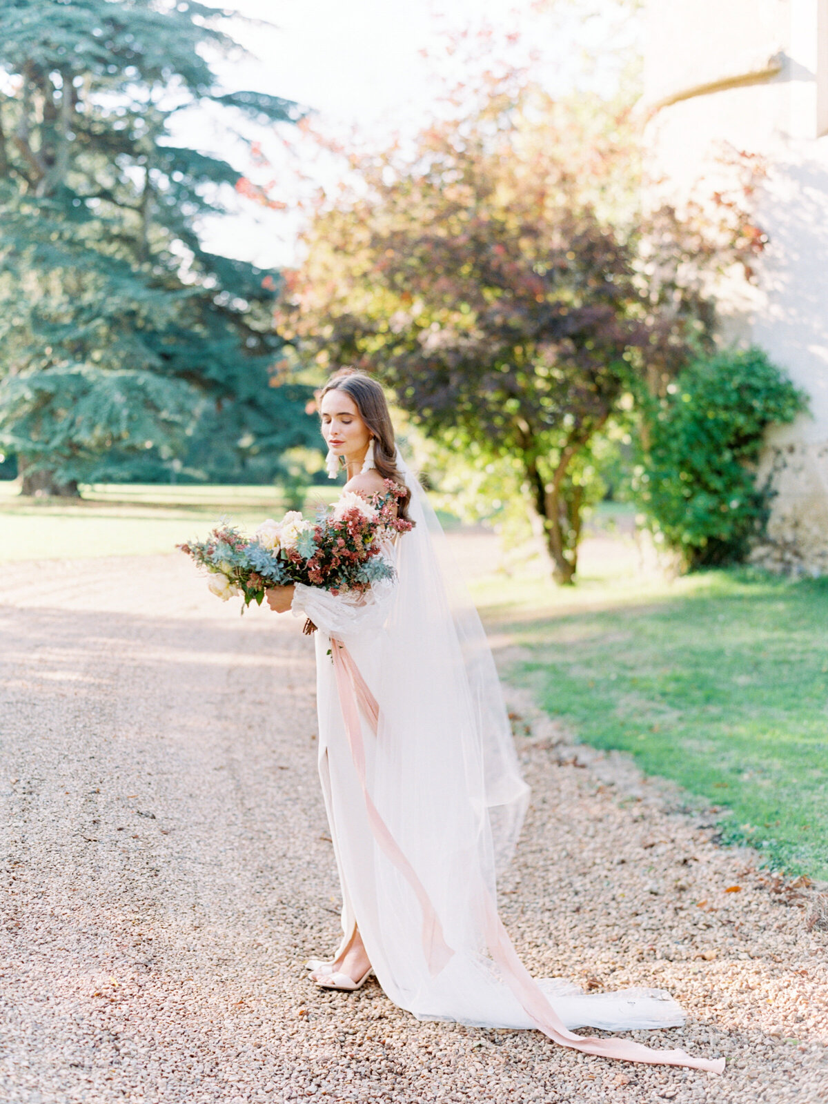 chateau-bouthonvilliers-wedding-paris-wedding-photographer-mackenzie-reiter-photography-45