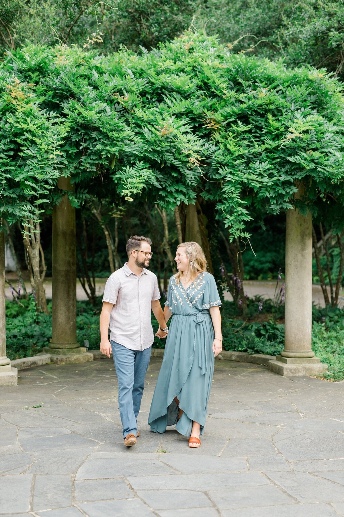 cator-woolford-gardens-engagement-wedding-photographer-laura-barnes-photo-shackelford-34
